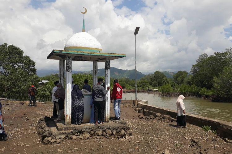 Monumen La Pandoso berada di Dusun Muladimeng, Desa Pabbaresseng, Kecamatan Bua Kabupaten Luwu, Sulawesi Selatan, merupakan simbol pendaratan Islam pertama di Luwu, Selasa (20/04/2021)