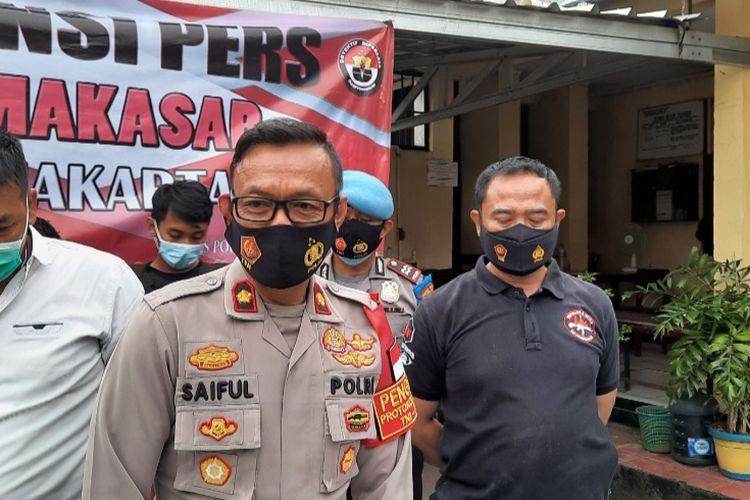 Kapolsek Makasar Kompol Saiful Anwar memberikan keterangan pers di Makasar, Rabu (16/12/2020)