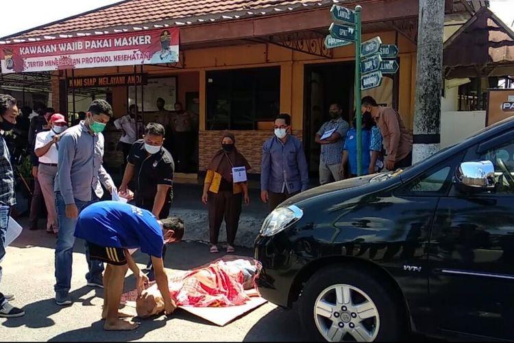 Rekonstruksi Pembunuhan Bos Wajan di Mapolres Bantul Kamis (22/4/2021)
