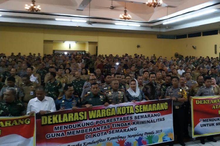 Kegiatan Antisipasi dan Deteksi Dini Serta Penanganan Gangguan Kamtibumtranmas Melalui Pengamanan Swakarsa Masyarakat digelar di gedung TBRS, Semarang, Senin (4/2/2018) petang.