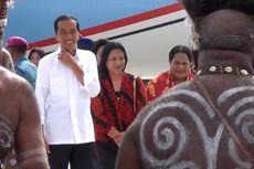 Presiden Joko Widodo Perintahkan Jajarannya Cari Pesawat AirAsia yang Hilang