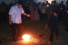 Ketika Wali Kota Semarang Bermain Sepak Bola Api