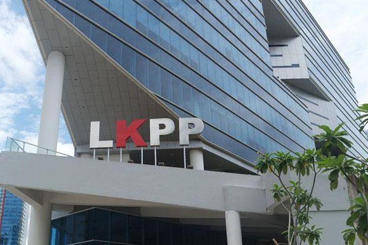 Lembaga Kebijakan Pengadaan Barang/Jasa Pemerintah (LKPP) mengembangkan sistem yang bertujuan mempercepat proses lelang untuk proyek pemerintah. Sistem itu didukung aplikasi SIKaP.
