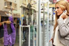 Perempuan (Lagi-lagi) Lupa Diri Saat Berbelanja