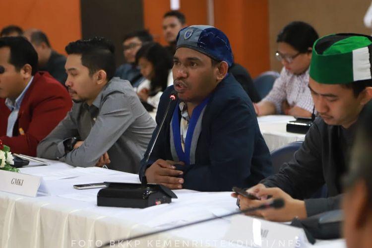 Kelompok Mahasiswa Cipayung Plus menyampaikan pernyataan sikap terkait pengumuman hasil Pemilu pada 22 Mei 2019 saat bertemu Menteri Riset, Teknologi dan Pendidikan Tinggi (Menristekdikti) Mohamad Nasir di Gedung D Kemenristekdikti (20/5/2019).