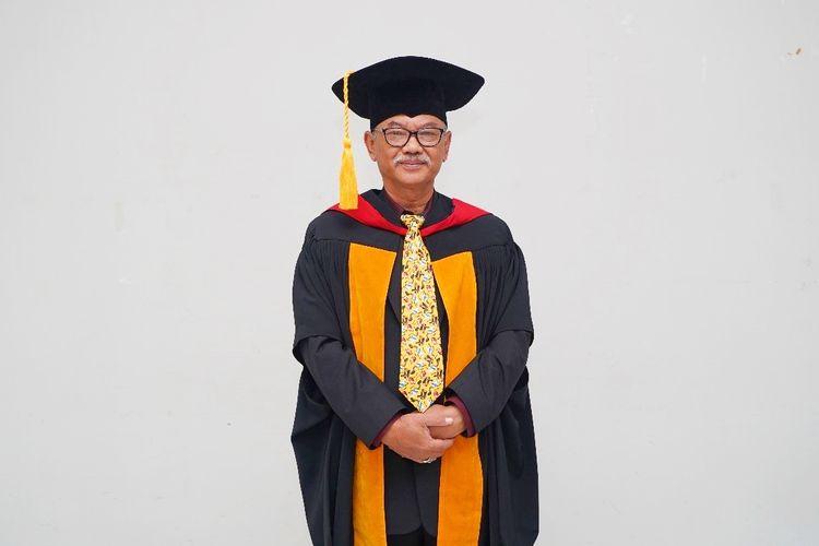 Potret Guru Besar Pendidikan Kewirausahaan Universitas Pendidikan Indonesia (UPI) Prof. Dr. Hari Mulyadi, M.Si