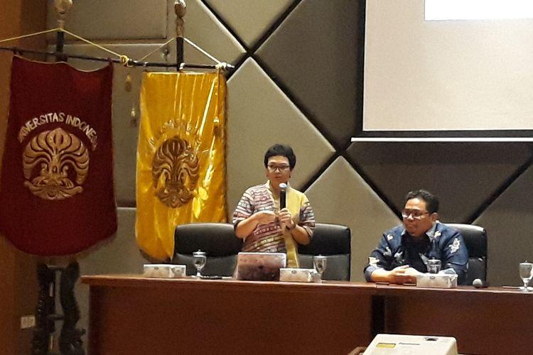 Guru Besar Hukum Tata Negara Universitas Padjajaran Susi Dwi Harijanti saat menjadi pembicara dalam Seminar Nasional Evaluasi Pemilu Serentak 2019 di Gedung FHUI, Depok, Selasa (30/4/2019).