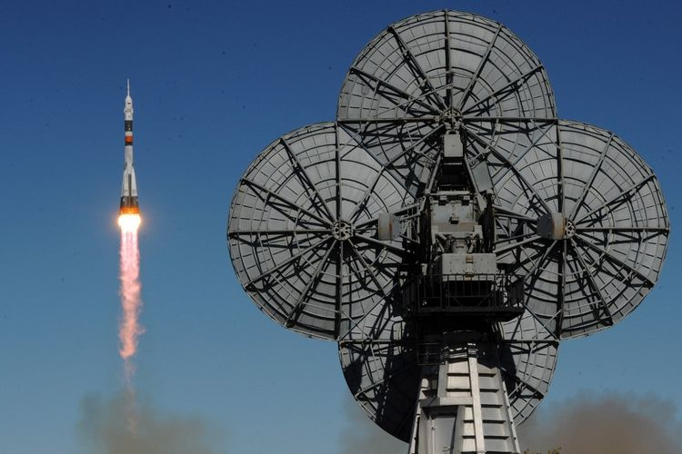 ILUSTRASI peluncuran satelit Rusia. AFP/Kirill KUDRYAVTSEV