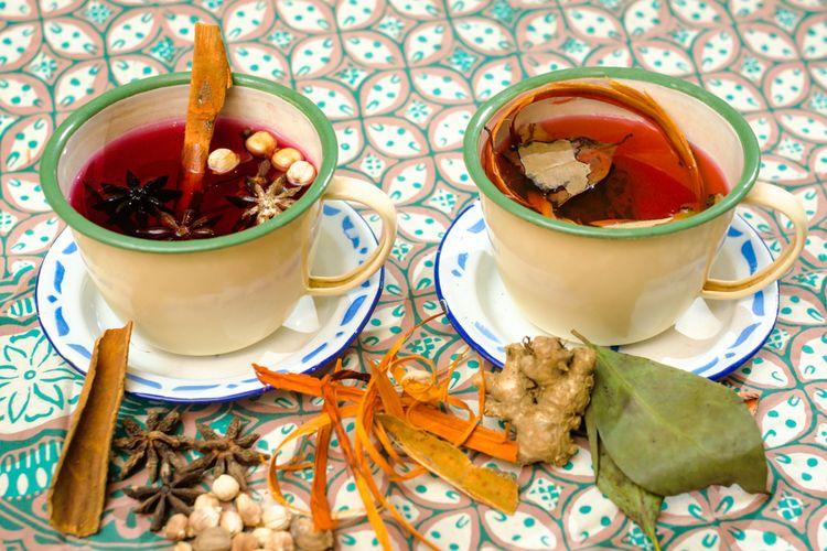Ilustrasi minuman herbal khas Indonesia.