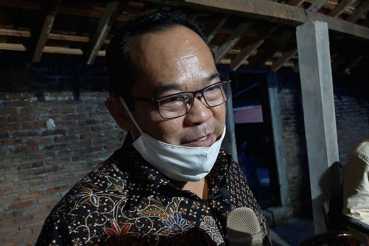 Mantan Rektor Universitas Negeri Yogyakarta (UNY) Sutrisna Wibawa