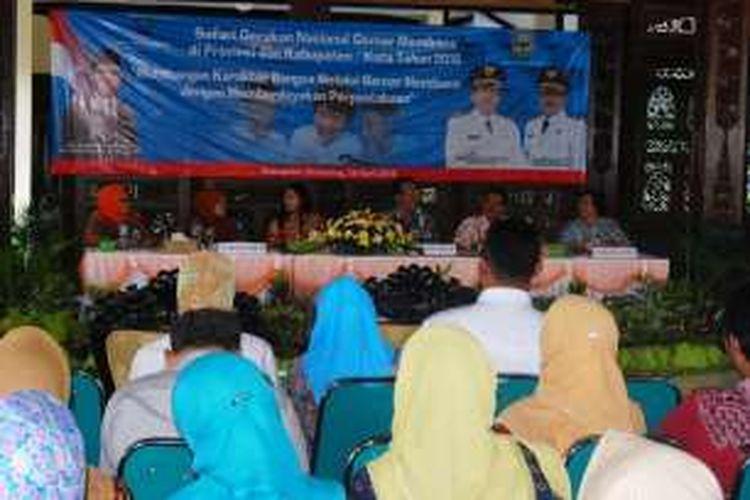 safari Gerakan Nasional Gemar Membaca di Pendopo Rumah Dinas   Bupati Semarang di Ungaran, Kamis (28/4/2016) siang.