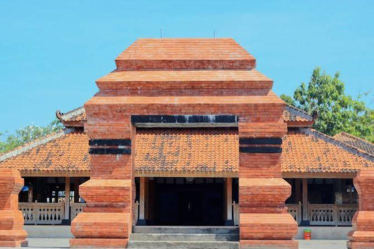 Masjid Kuno Kuncen Madiun