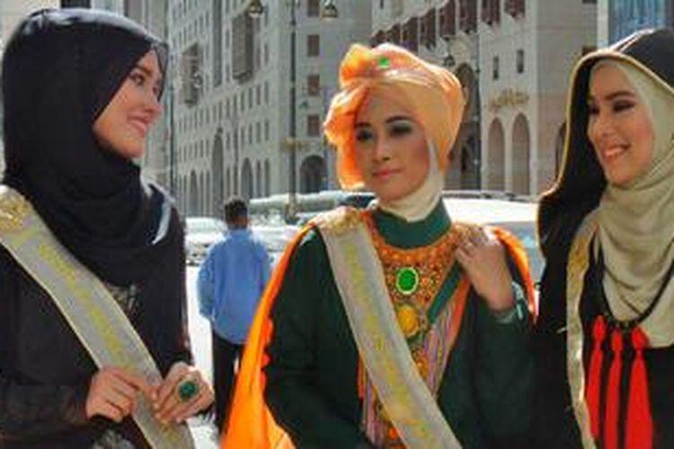Hijab terbukti tak menjauhkan Anda dari kesempatan untuk beraktivitas, berprestasi dan bergaya.