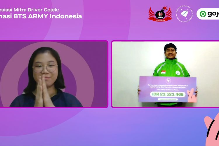Mitra Driver Gojek, Januar Ibrahim menerima secara simbolis apresiasi dari perwakilan komunitas ARMY Indonesia Festa, Vionica Alesandra dalam konferensi pers Virtual Apresiasi Mitra Driver Gojek-Donasi BTS ARMY Indonesia, Kamis (24/06/2021).