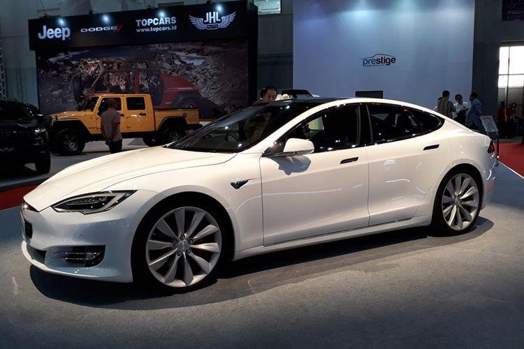 Mobil Listrik Tesla Dibanderol Rp 4 4 M Siapa Mau