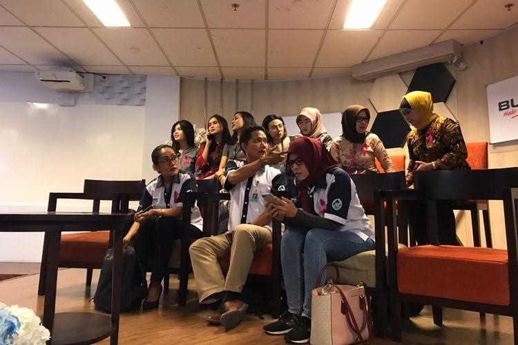 Ikatan Awak Kabin Garuda Indonesia (IKAGI) di Kementerian BUMN, Jakarta, Senin (9/12/2019).
