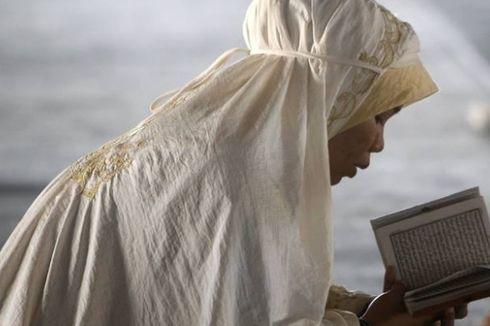 Ramadhan dan Kisah Bulan Sabit di Kaki Langit