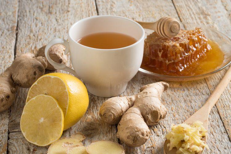 ilustrasi teh jahe dengan lemon.