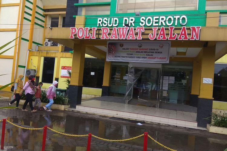 RSUD Soeroto Ngawi,1 orang tanpa gejala OTG positif virus corona sempat  menolak diefakuasi  untukmenjalani perawatan di ruang isolasi. Butuh waktu 5 jam untuk meyainkan pasien mau menjalani perawatan.