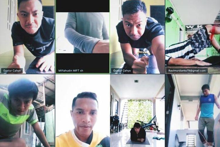 Selama kompetisi diliburkan sementara akibat virus corona, Tira Persikabo tetap latihan online.