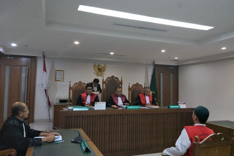 Sidang tuntutan terdakwa pengancam pemenggal kepala Presiden Joko Widodo, Hermawan Susanto  digelar di Pengadilan Negeri Jakarta Pusat pada Senin (17/2/2020).