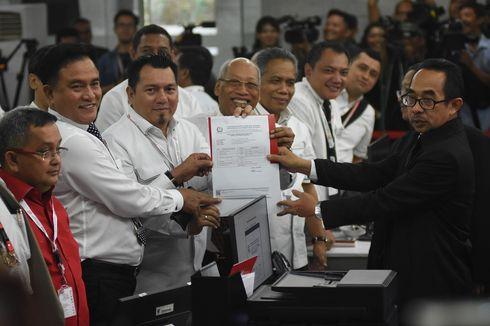 Tim Hukum 01: Kata Pak Jokowi, Sidang di MK Tak Seimbang
