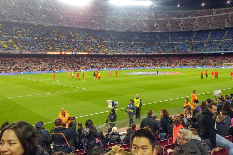 Suasana Stadion Camp Nou jelang pertandingan antara FC Barcelona dan Sporting Gijon, Rabu (1/3/2017).