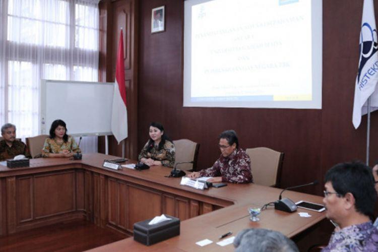 Universitas Gadjah Mada (UGM) dan PT Perusahaan Gas Negara Tbk (GGN) menjalin kerja sama pengembangan kapabilitas sumber daya manusia, Rabu (27/2/2019) di Ruang Sidang Pimpinan UGM, Yogyakarta.