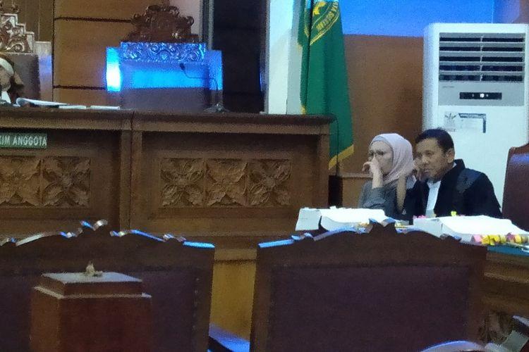 Ratna Sarumpaet Menangis Dalan Persidangan di Pengadilan Negeri Jakarta Selatan, Selasa (2/4/2019)