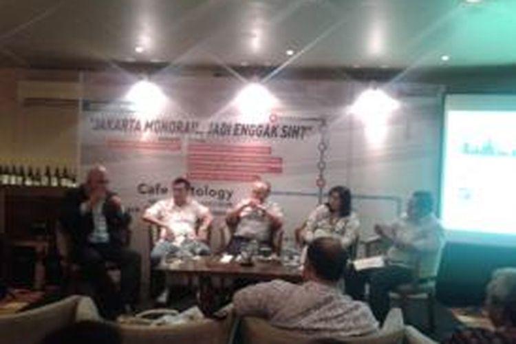 Acara diskusi publik