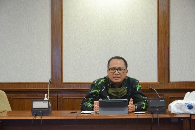 Bank Indonesia (BI) kantor perwakilan Kepri menyiapkan uang tunai senilai Rp 4,8 triliun untuk masyarakat yang ingin menukarkan uang lama ke uang baru saat Idul Fitri.