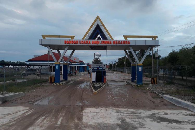 Banjir merendam Bandara Andi Djemma Masamba sejumlah fasilitas rusak, Selasa (14/07/2020)