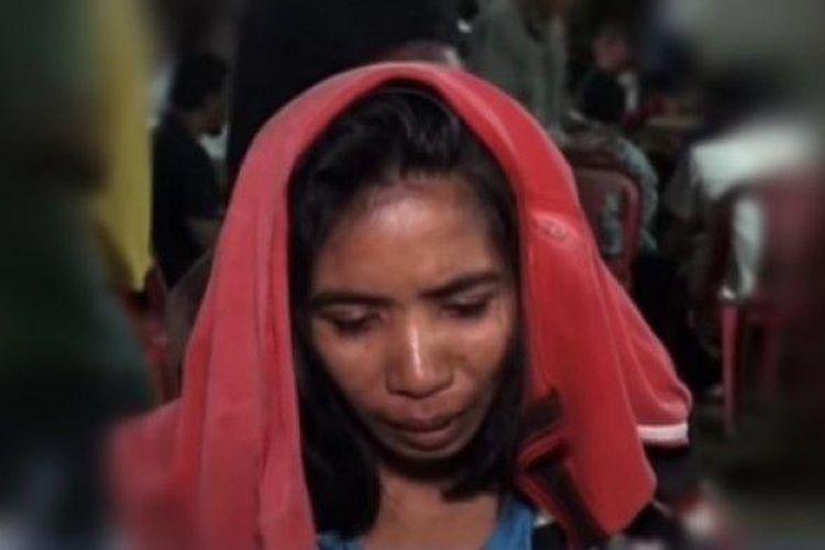 Maria Magdalena Sura Ola, warga Desa Nelelamadike, Kecamatan Ile Mandiri, Adonara