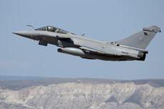 Pria 64 Tahun Tak Sengaja Lontarkan Diri dari Jet Tempur di Ketinggian 2.500 Kaki
