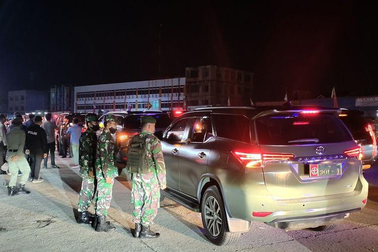 Penyekatan mudik yang dilakukan petugas gabungan di kawasan perbatasan Kota Pekanbaru beberapa waktu lalu.