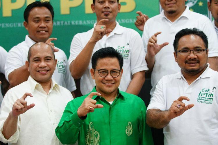 Ketua Umum Partai Kebangkitan Bangsa Muhaimin Iskandar dan sejumlah pengurus GP Ansor, di Kantor DPP PKB, Jakarta, Rabu (31/1/2018).