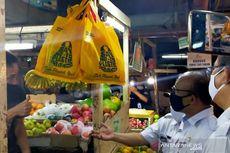 Mayoritas Pedagang Metro Atom Sudah Gunakan Kantong Belanja Ramah Lingkungan