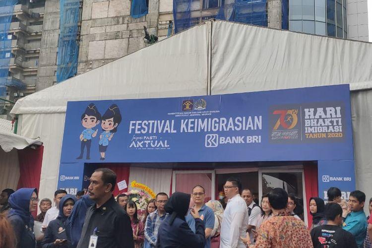 Suasana Festival Keimigrasian 2020 di Gedung Pusat BRI, Jalan Jenderal Sudirman, Jakarta, Sabtu (18/1/2020)