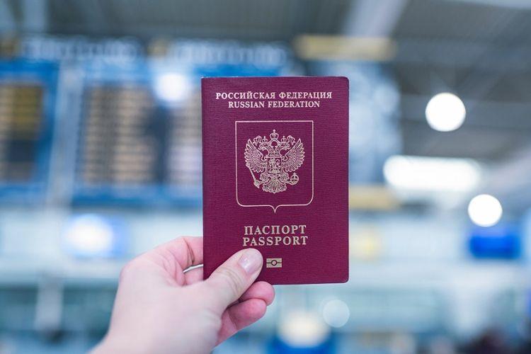 Ilustrasi paspor Rusia.