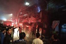 Diduga Korsleting, Rumah Dua Lantai di Penjaringan Terbakar