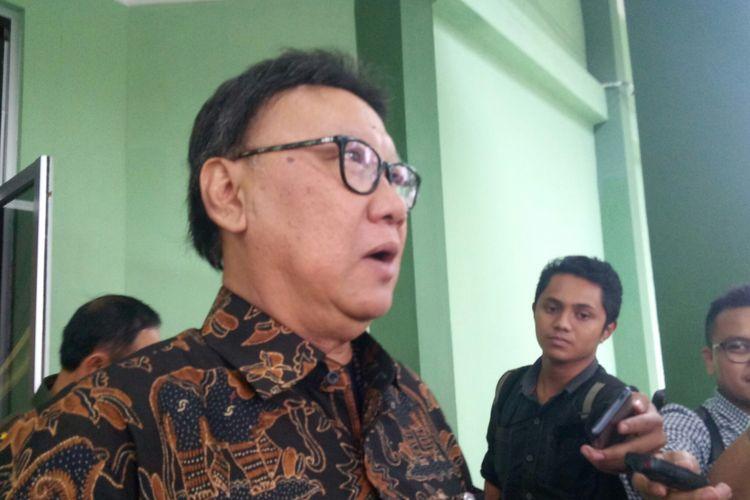 Menteri Dalam Negeri (Mendagri) Tjahjo Kumolo yang ditemui usai menghadiri avara Apel Danrem - Dandim Seluruh Indonesia di Pusenif, Kota Bandung, Jawabarat.