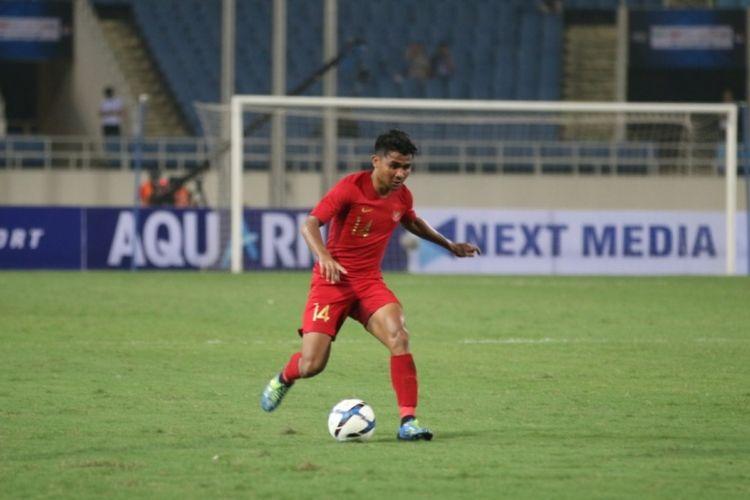 Bek tim nasional U-23 Indonesia, Asnawi Mangkualam Bahar, saat tampil melawan Thailand pada laga perdana Grup K Kualifikasi Piala Asia U-23 2020, Jumat (23/3/2019).