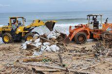Sampah Kiriman di Pantai Selatan Bali Tak Bisa Diprediksi Kapan Berakhir