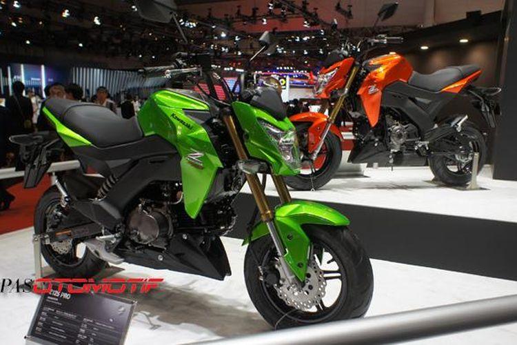 Kawasaki Z125 dan Z125 Pro dipajang di Tokyo Motor Show 2015.