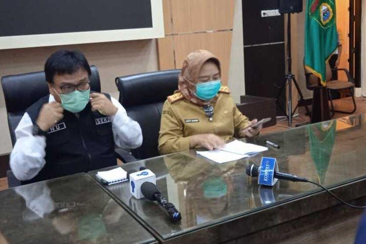 Sekda Provinsi Sumatera Selatan Nasrun Umar saat memberikan keterangan pers terkait larangan mudik lebaran, Senin (3/5/2021).