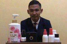 Kisah Achmad Mustofa, Mahasiswa Unesa yang Jalani Sidang Skripsi Online karena Wabah Virus Corona