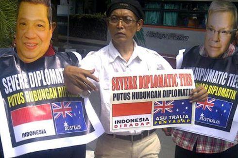 Protes Australia, Tiga Warga Solo Injak-injak Bendera