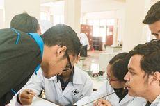 Ringankan Beban Mahasiswa, Itenas Bandung Kembali Berikan Beasiswa dan Kuota Internet dengan Total Rp 3 Miliar