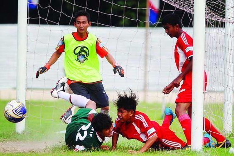Sekolah Dan Sepak Bola Sama Sama Penting