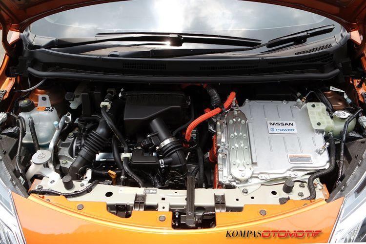 Nissan Note e-Power menggunakan mesin 1.2L dan motor listrik serta inverter.